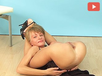 Sexy Yoga von Amateur Hot MILF